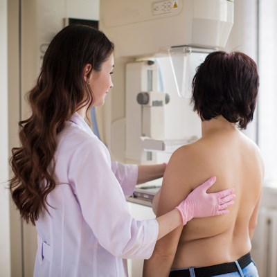 Longer Mammography Follow-Up May Be Risky for Many Women