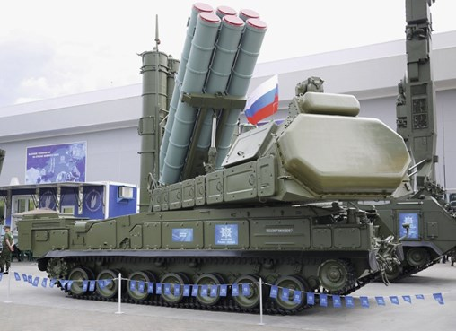 The Almaz-Antey Air and Space Defence Corporation presented a new transporter, erector, launcher and radar (TELAR) vehicle designated as the 9A383E at Army 2019. (IHS Markit/Miko Vranic)