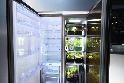 Planta Refrigerator CES 2020