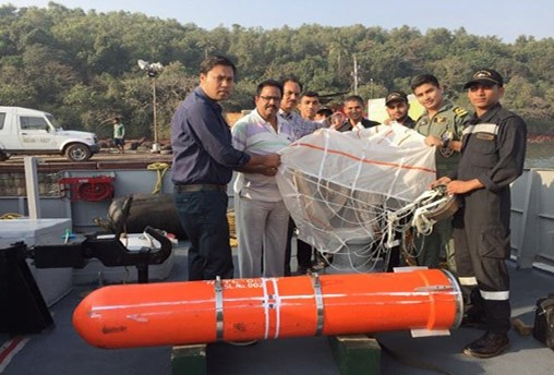 The IN successfully tested a Sahayak air-droppable container on 8 January off the coast of Goa in the Arabian Sea. (Indian Navy)