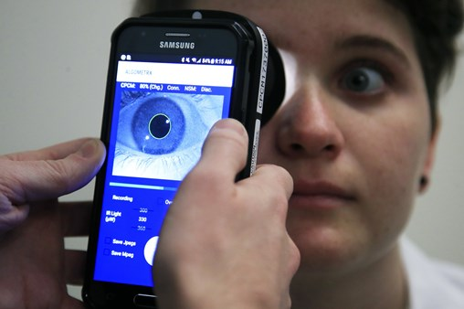 """Children's National Scientists Create Devise To Measure Pain by Through Eyes - dubbed """"Pain-o-Meter"""""""