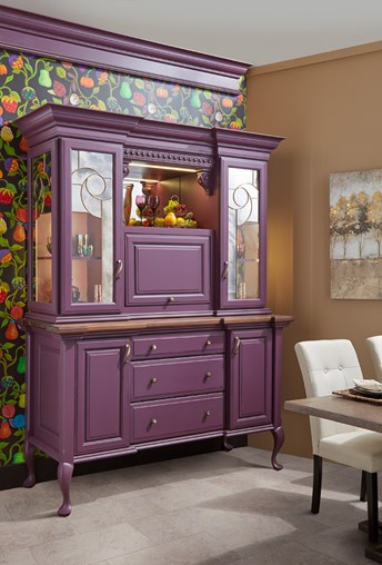 purple entertainment and beverage station