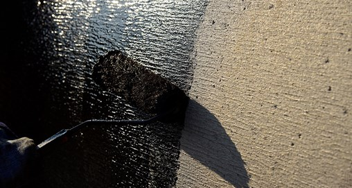Asphalt Primers 101: The Purpose of Asphalt Primers in Commercial Roofing Applications