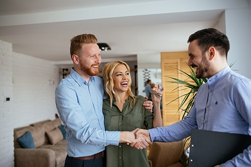 5 Reasons to Love Your Real Estate Career   2-10 HBW