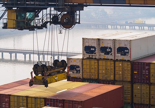 DP World Pulls Ahead in JNPT Productivity Race