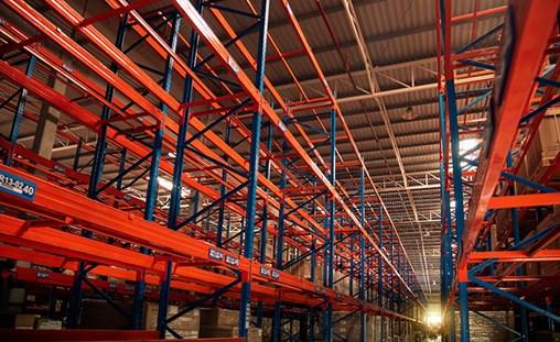 LA-LB Port Warehousing Nears Limits
