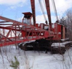 Manitowoc to split cranes and food service