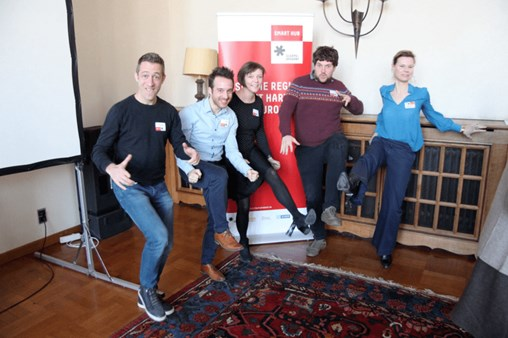 KneeVR - Team Building Event Ideas