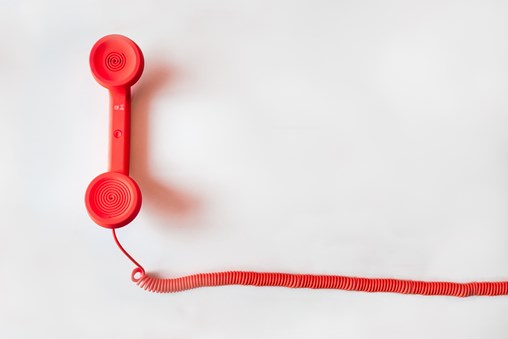 communication-contact-conversation-33999-min