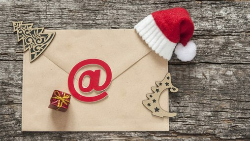 Moving Holiday Email Campaigns Over the Finish Line