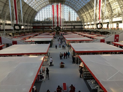 make sure your booth is attractive to the trade show attendees